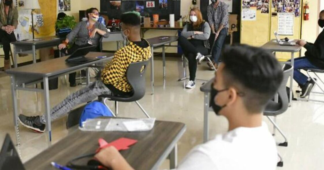 Los Angeles Unified School District, Second Largest in the